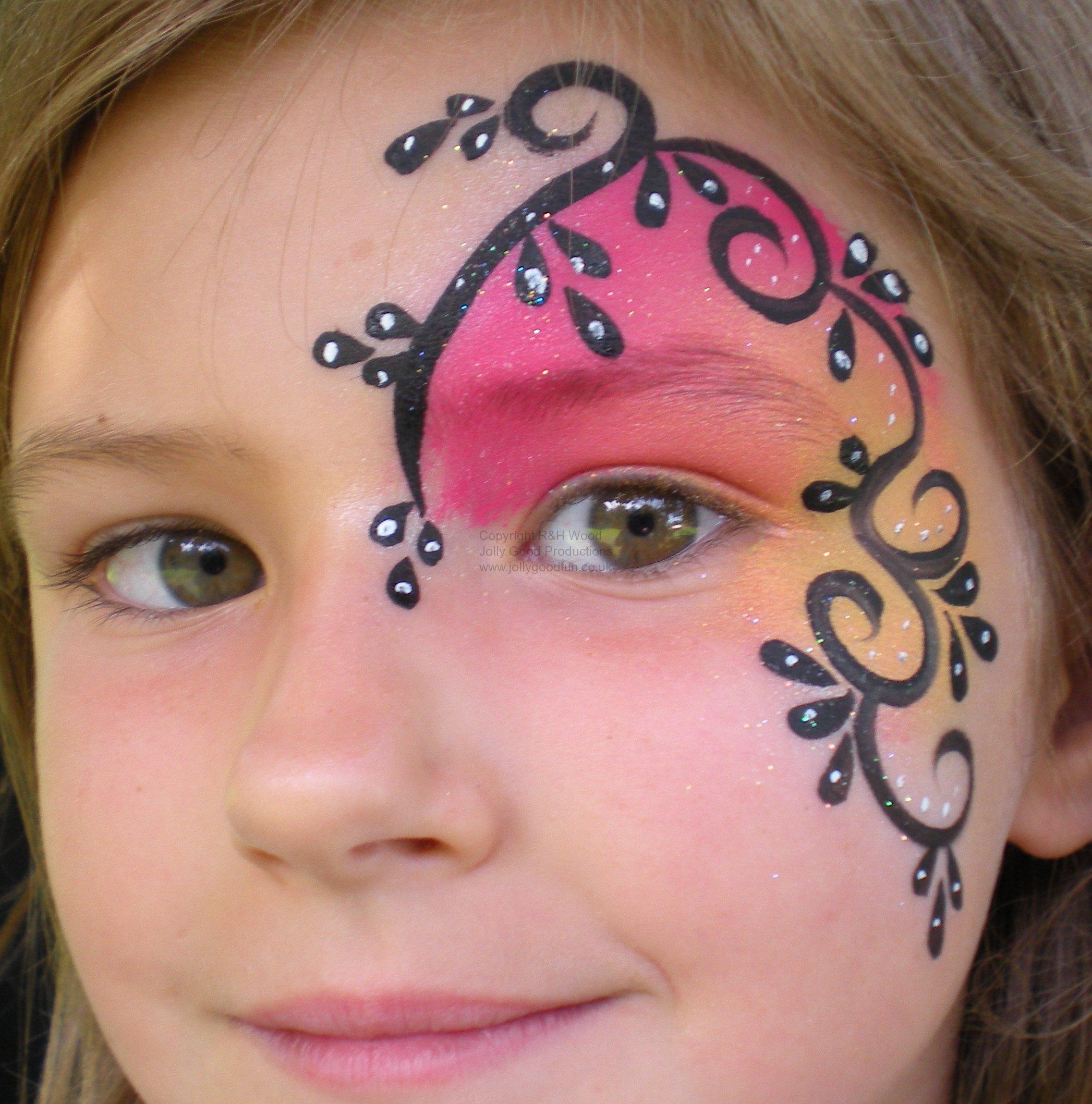Face Painting Southport Swirls N Twirls