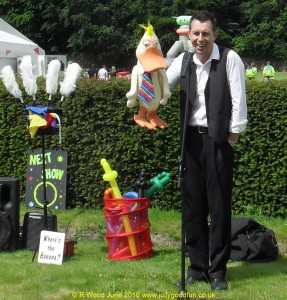 Children's Entertainer Paul Storey