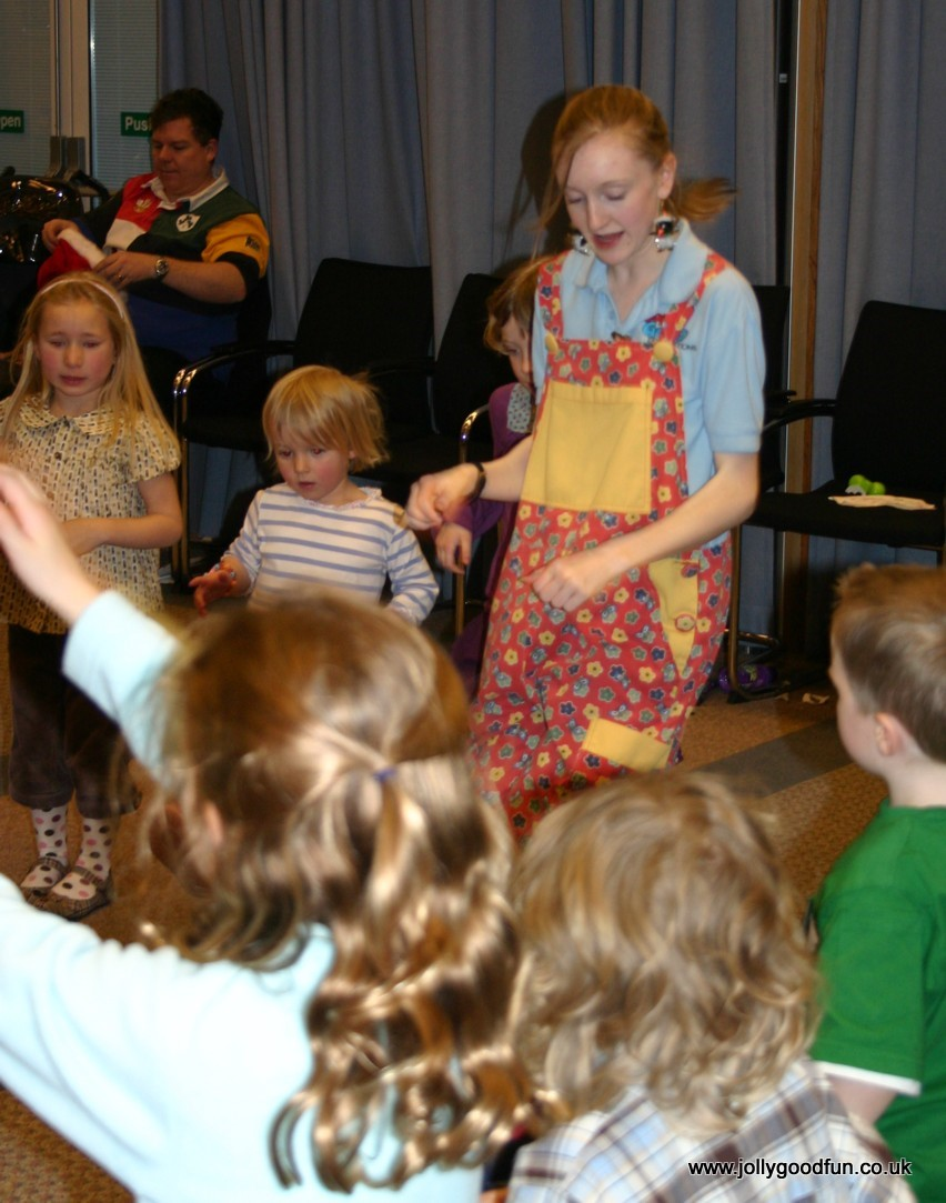 christmas_party_dancing-11