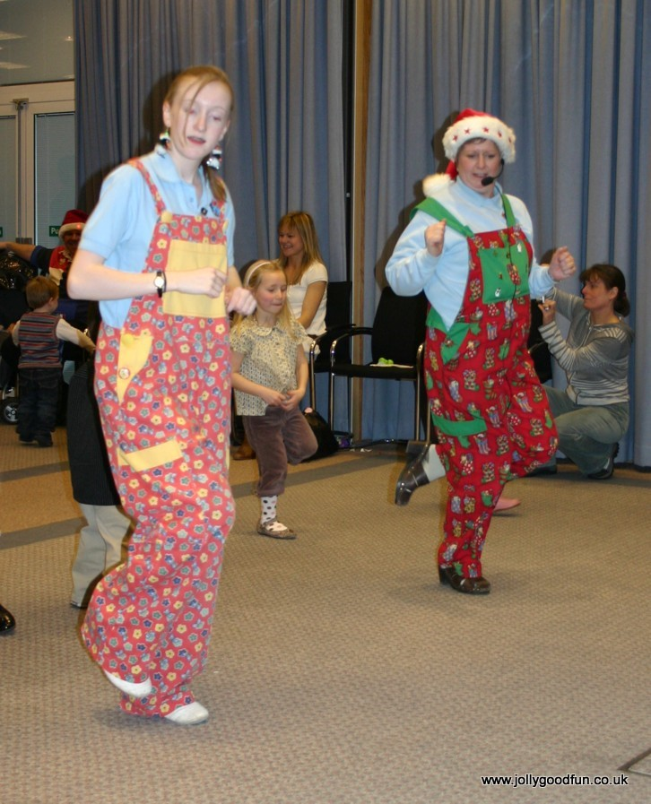 christmas_party_dancing-4