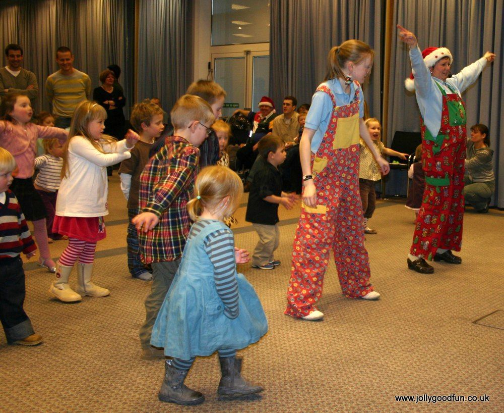 christmas_party_dancing-7