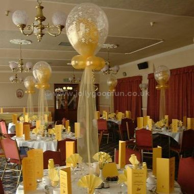 Golden Wedding balloon display