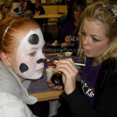 Trainee face painters