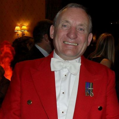 Toastmaster Ron Wood